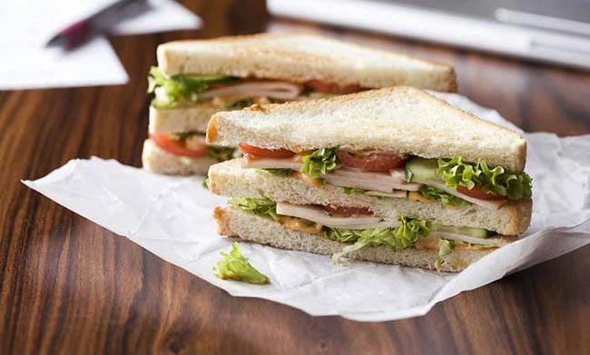 double-decker_sandwiches_42-22400348